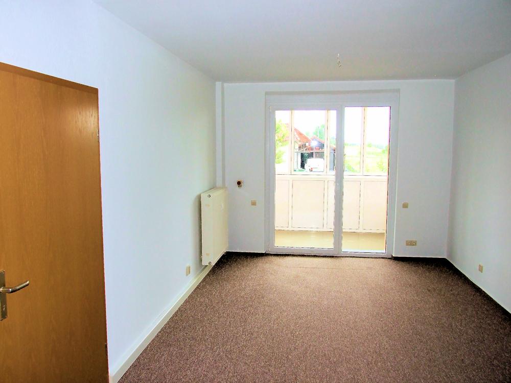 Wohnzimmer mit Loggia und Rollstuhllift